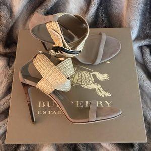 *Like new* authentic Burberry sandal heels